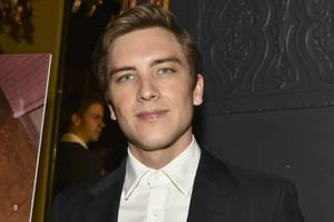 'versace' star cody fern joins final season of 'house of cards'
