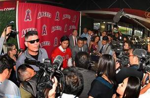 It's #ShoTime! Shohei Ohtani reports to Tempe for Spring Training with Angels