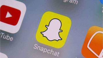 Want to Avoid the Latest Snapchat Update? Here's Why You Probably Shouldn't