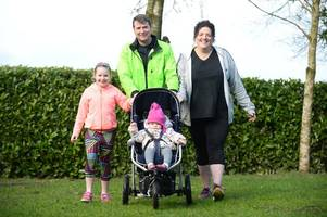 toddler will join parents in sprint to the finish line for dougie mac