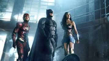 justice league's deleted scenes hint at snyder's vision for superman