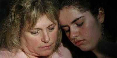 'if i don't make it i love you': students, teachers sent harrowing text messages during the florida school shooting