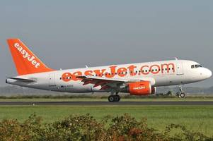 save money with these easyjet flight hacks