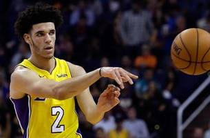 greg jennings explains how lonzo ball makes the lakers better when he's on the court