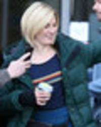 jodie whittaker to sport on-trend bumbag in new doctor who