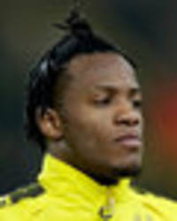 chelsea news: michy batshuayi takes swipe at antonio conte over lack of game time