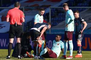 hearts midfielder arnaud djoum out for eight months after snapping achilles tendon