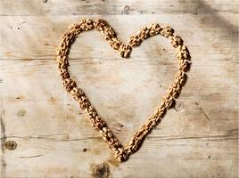 gift your loved ones a healthy heart this valentine's day with california walnuts