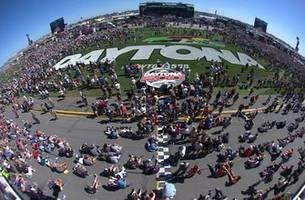 Here is exactly what the atmosphere is like for a driver before the Daytona 500