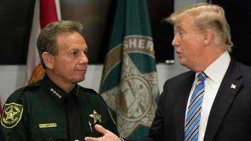 Trump 'supportive' of improved gun background checks