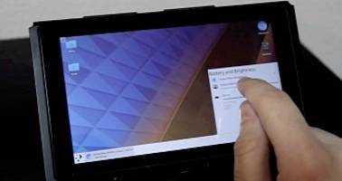 Hackers Turn the Nintendo Switch into a Linux Tablet with KDE Plasma Desktop