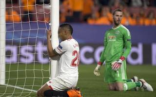 de gea rescues united with stunning save in sevilla draw