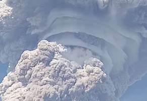 mount sinabung erupted and the results are eerie