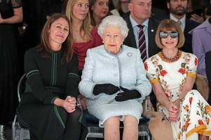 the queen praises nottingham lace as she hits the frow at london fashion week