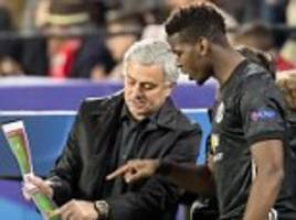 Mourinho gives Pogba tactical instructions on touchline