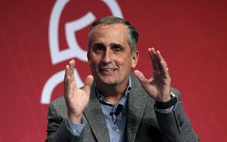 amid controversy over intel ceo's stock sale, sec warns executives about trading shares before disclosing security breaches (intc)
