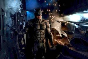 How This Newspaper in 'Justice League' Hints at Where Zack Snyder Might Have Taken DC's Movieverse