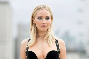jennifer lawrence rips 'predator' harvey weinstein, says she 'was not victimized personally'