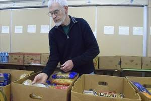 Stoney Creek Community Food Bank's Christmas donations declining fast:Non-profit charity in need of food, other items to keep up with demand