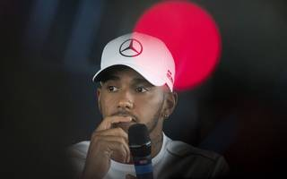 lewis hamilton set to sign new £120m contract with mercedes