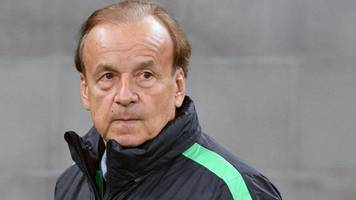 nigeria coach rohr to stick with core squad for world cup