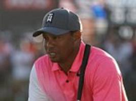 tiger woods trails by four after honda classic second day