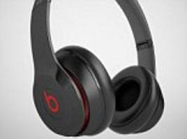 apple will release high-end over-ear headphones with siri