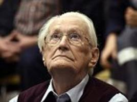 bookkeeper of auschwitz appeals to german minister for pardon