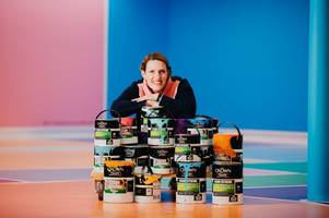 hull paint manufacturer partners with artist to celebrate city of culture volunteers