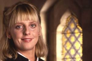 all the famous faces who have died in 2018 from emma chambers to davide astori