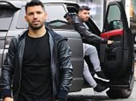 sergio aguero relaxes at popular hale restaurant victor's