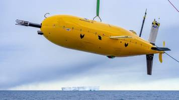 'boaty mcboatface' sub survives ice mission