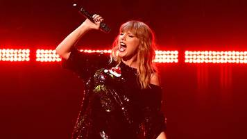 Taylor Swift: Delicate video accused of copying Kenzo advert