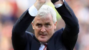 mark hughes: southampton in talks with former stoke manager