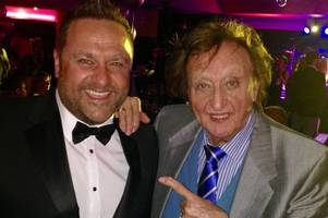 woodville singer and comedian marc bolton pays tribute to 'true gentleman' sir ken dodd