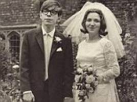 the one mystery steven hawking could never solve? women!
