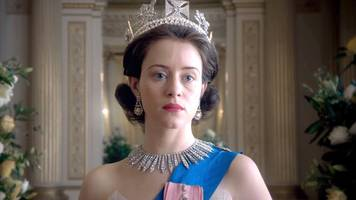 people are furious that the actress who plays queen elizabeth ii on netflix's 'the crown' was paid less than her male co-star