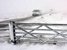 uk weather: mini beast from the east brings eight inches of snow