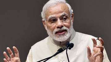 Govt working towards simplifying the lives of poor: PM