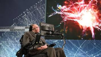elite: dangerous stages a tribute to stephen hawking