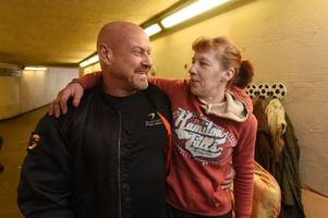 Former police officer opens up his gym so homeless couple can use shower