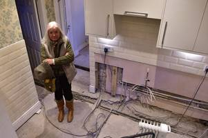 cowboy builders hired after rbs insurance claim wrecked woman's home and left her living in a hotel