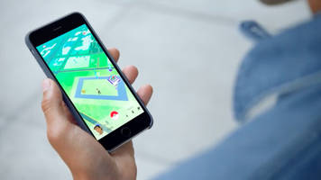 pokémon go player, upset at losing a gym, assaults other players, say cops