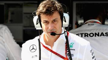 mercedes boss wolff predicts three-way fight for f1 title