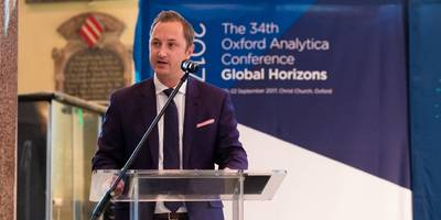 oxford analytica wants you to know it has 'no relationship' with that other analytica company with cambridge in its name (fb)
