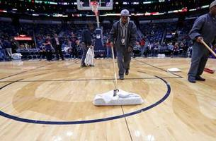 pacers' 'rainout' makeup finds pelicans in middle game of 'tripleheader'