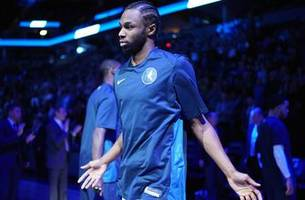 wolves twi-lights: clippers have no answer for wiggins