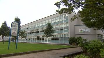 hull college group job losses: strike vote over plans