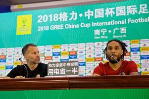 everton defender ashley williams reveals he considered quitting wales after heartbreaking ireland defeat