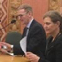 New Zealand's terror-risk watch list remains steady at 30 to 40, spy chief tells MPs